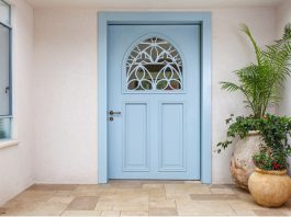 דלתות כניסה מעץ
